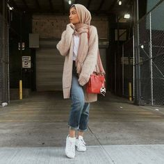 Knitted cardigan with jeans-Casual brownish outfits with hijab – Just Trendy Girls