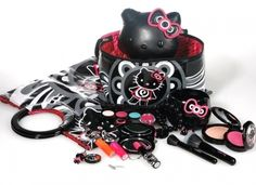 OMG Hello Kitty Makeup!!