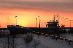 5 maart 2016 de sleepboot CETUS kwam voor ons het ijs breken  in de haven van Kokkola, Finland   http://koopvaardij.blogspot.nl/2016/03/thuishaven-spijk.html