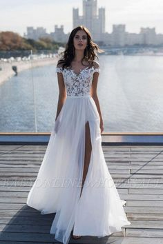 Wedding Dresses With Straps, Wedding Dress Chiffon, Wedding Dress Trends, Sexy Wedding Dresses, Bridal Dresses, Wedding Gowns, Tulle Wedding, Mermaid Wedding, Elegant Dresses
