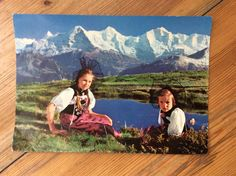 Ein persönlicher Favorit aus meinem Etsy-Shop https://www.etsy.com/de/listing/386967222/alte-ansichtskarte-deutsche-kinder-in