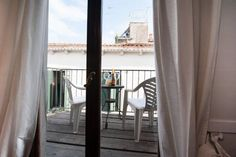 Santa Maria Formosa Venezia Situated 400 metres from Basilica San Marco in Venice, this apartment features free WiFi. Guests benefit from terrace.  There is a seating area, a dining area and a kitchenette complete with a toaster, a fridge and a stovetop.