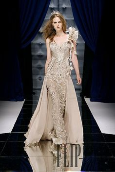 """Zuhair Murad jaglady-Ok the model looks like she's going to crawl out of my mirror if I say """"bloody mary"""" to many times but the dress is pretty. Couture Fashion, Runway Fashion, High Fashion, Fashion Women, Beautiful Gowns, Beautiful Outfits, Pink Beige, Couture Dresses, Fashion Dresses"""