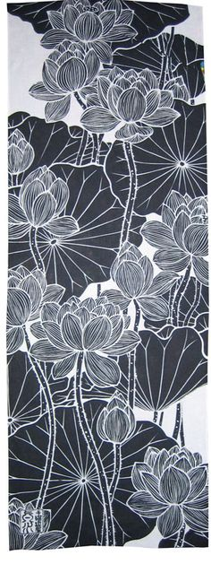 Trendy flowers black and white illustration ideas Japanese Textiles, Japanese Patterns, Japanese Fabric, Japanese Prints, Japanese Art, Japanese Lotus, Japanese Design, Posca Art, Japanese Flowers