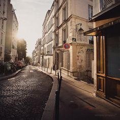 Morning in Paris (by honeyjazz)