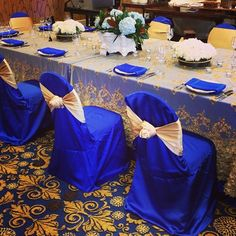 Beautiful royal blue and gold table linen at the 2013 Bridal Show