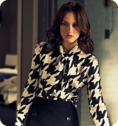 I'm assuming that this is a still from Gossip Girl. In any case, I really like the blouse and Leighton/Blair's hair is back to its normal, bouncy, shiny state.