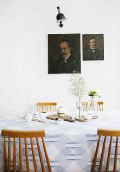 tablecloth/ nappe - *  les zigouis  *
