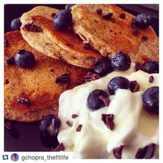 #Repost @gchopra_thefitlife with @repostapp.  Pancakes for brunch anyone? - I prefer to start my mornings with fats & protein- so here's a nice & nutritious little low-ish carb option for you guys to try!   Ingredients: 30g almond flour 60g @twochicksproducts egg whites 1/2 scoop @reflexnutrition vanilla cinnamon roll protein 20ml unsweetened almond milk or coconut milk Cinnamon Pinch of @creativenaturesuperfoods pink salt - If you don't want to use whey and would like a sweeter pancake add…