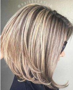 66 Chic Short Bob Hairstyles & Haircuts for Women in 2019 - Hairstyles Trends Layered Bob Hairstyles, Bob Hairstyles For Fine Hair, Hairstyles Haircuts, Best Bob Haircuts, Haircut Bob, Haircut Medium, Modern Haircuts, Braid Hairstyles, Trendy Hairstyles