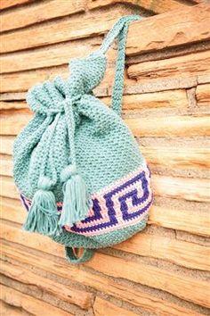 I love this crochet backpack! Meander Backpack - Media - Crochet Me