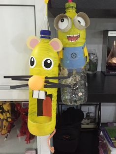 Mid Autumn festival is around the corner! Here are two lanterns made from Recycled 1.5l bottles!
