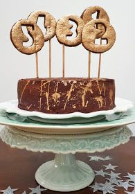 Amelie's House: How to decorate your New Year's Eve cake