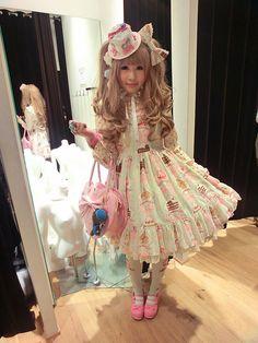Lolita style in a cake print dress x