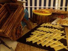 Decora tu evento como una feria andaluza y disfruta con tus invitados. ¡Una escenografía de diez!  #Eventos #Events #Feria #Gastronomía Gastronomia, Roman Soldiers, Events
