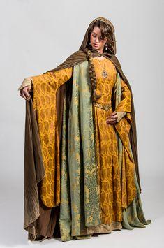 Theatre costume renaissance