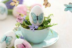 O coelhinho da Páscoa chegou! É hora de desejar Feliz Páscoa para todos os amigos e familiares. Encontre aqui as melhores mensagens e celebre esta data especial!