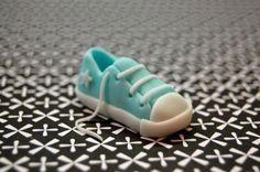 Teeny Tiny Sneaker Tutorial