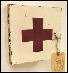 "Rustic wall mount ""vintage"" antique white reclaimed plywood wood first aid medicine cabinet box with hinged door for wall mount. (10x10x4"")"
