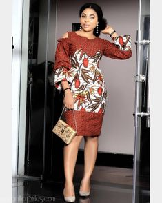 These are the most elegant ankara gown styles there are today, every lady who loves ankara gowns should see these ankara gown styles of 2019 Latest Ankara Dresses, Ankara Short Gown Styles, Trendy Ankara Styles, Short Gowns, Ankara Gowns, Ankara Blouse, Ankara Skirt, African Fashion Ankara, African Print Dresses