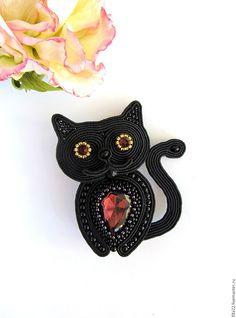 Купить сутажная брошь Котик - черный, брошь, кот, кот в подарок, брошь ручной работы Soutache Bracelet, Soutache Pendant, Soutache Jewelry, Beaded Jewelry, Beaded Brooch, Crochet Earrings, Handmade Accessories, Handmade Jewelry, Soutache Tutorial