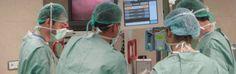 Interventi con chirurghi in nero  bufera sulla clinica Macchiarella