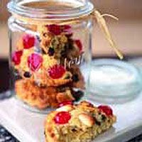 - Fat Rascals recipe from Little Bettys in York Baking Recipes, Cake Recipes, Pudding Recipes, Baking Ideas, Sticky Pudding, Far Breton, Frog Cakes, Yorkshire, Names