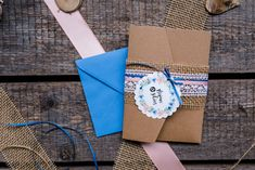 Pocket-Fold-Einladung Kraftpapier Gifts, Invites Wedding, Kraft Paper, Pastel, Creative, Presents, Favors, Gift