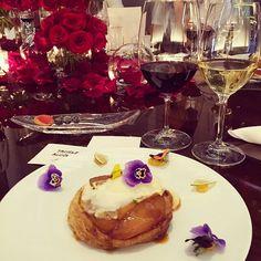 Como agradecer a toda equipe pela nossa primeira noite em Las Vegas?? Nosso jantar só foi aqui no @mandarinoriental no @mo_lasvegas com direito a menu feito especialmente pra gente pelo Chef @jaybee_inthiz! Uall, que incrivel, obrigada por todo o carinho @grupoitbrazil ❤️#YOLOVEGAS