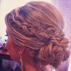 Madrinhas de casamento: Seleção de penteados de festa