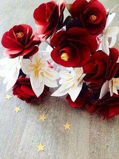 Bouquet demoiselle d'honneur, rose touge, orchidée blanche et doré. Réalisation by Deelina