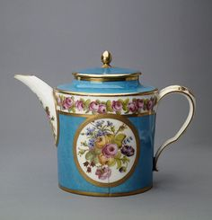 Teapot  France, 1793-1800  The Hermitage Museum