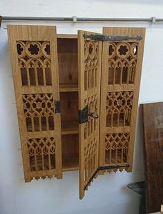 St. Thomas guild - medieval woodworking, furniture and other crafts: A sneak preview of the hanging cupboard for castle Muiderslot