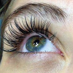 Cómo se colocan las extensiones de pestañas #pestañas #cils #eyelash