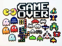Classic Video Game Perler Sprites Game Over por ShowMeYourBits Perler Bead Designs, Perler Bead Templates, Pearler Bead Patterns, Diy Perler Beads, Perler Bead Art, Perler Patterns, Pearler Beads, Fuse Beads, Arte 8 Bits