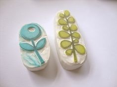 Hand carved stamps by Eat Pray Create sellos florales hechos a mano