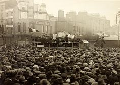 A very crowded Republican meeting on August 1923 in Dublin that took place on O'Connell Street, or Sackville Street as it was then. Charles Durning, Dog Day Afternoon, Journey's End, Movie Of The Week, August 19, What The World, Photographic Studio, What Is Life About, Historical Photos