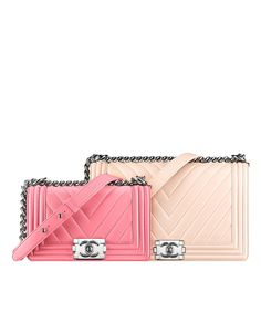 Small boyCHANEL flapbag, the small pink one please! A girl can dream.