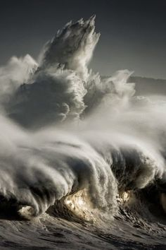 http://BlueChipMoney.com - #Waves #cantabria   #spain   #elfaro   #waves   #bigwaves   #ocean   #nature
