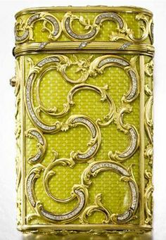 Antique Faberge chartreuse and gold case. Michael Perchin, St Petersburg, 1899-1903 |