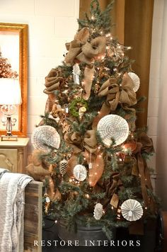Christmas tree in an old wash tub.  Cool idea!