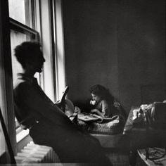 Elliott Erwitt Robert and Mary Frank, New York City, 1949