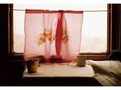 Similar to the curtains I'm thinking for my room. Photo by yoko takahashi Interior And Exterior, Interior Design, Decoration, Sweet Home, Windows, Colours, In This Moment, Beautiful, Simple
