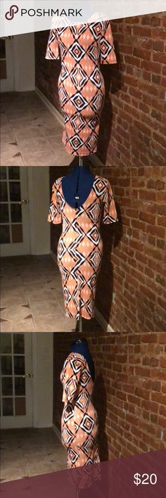 Midi Length patterned dress by ViJo Couture Great condition. Was only worn twice. Dresses Midi