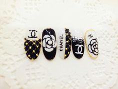 Christmas Nail Designs - My Cool Nail Designs Chanel Nails Design, Chanel Nail Art, Bling Nail Art, Gucci Nails, Gel Nail Art, Bling Nails, Nail Manicure, Toe Nail Designs, Nail Polish Designs