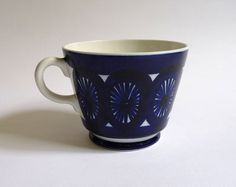 My Ulla Procope chocolate cup. Should have a saucer but I love and adore it anyway.