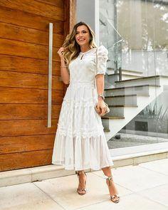 Foto E Video, White Dress, Instagram, Stuff To Buy, Dream Catchers, Dresses, Life, Fashion, Midi Length Dresses