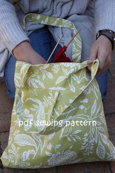 The Pony bag - a quick and easy everyday bag - pattern available from teapotandsnail.etsy.com