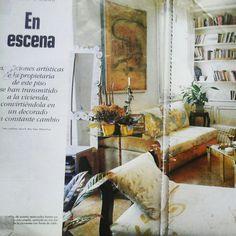 Pintura sobre textil. Para sofas,Proyecto integral realizado por Sonia Bermudez Rosell en colaboracion con el equipo de Taller de Crisalida.  ARTECHTURE PROJECT  casa particular 1995.