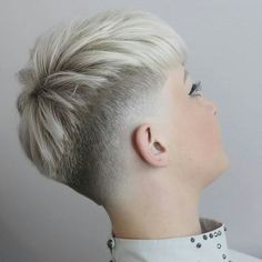 #hairdare #shorthair #womenshair #pixie #hairstyles #fade #beauty